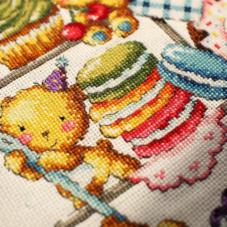 Вышивка мишки сладкоежки схема